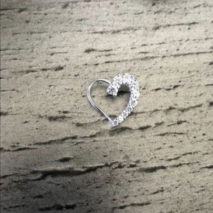 Heart necklace w/o chain.